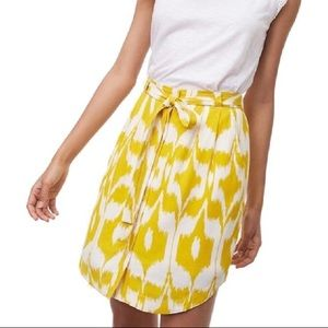 EUC Ann Taylor LOFT Yellow White Ikat Skirt